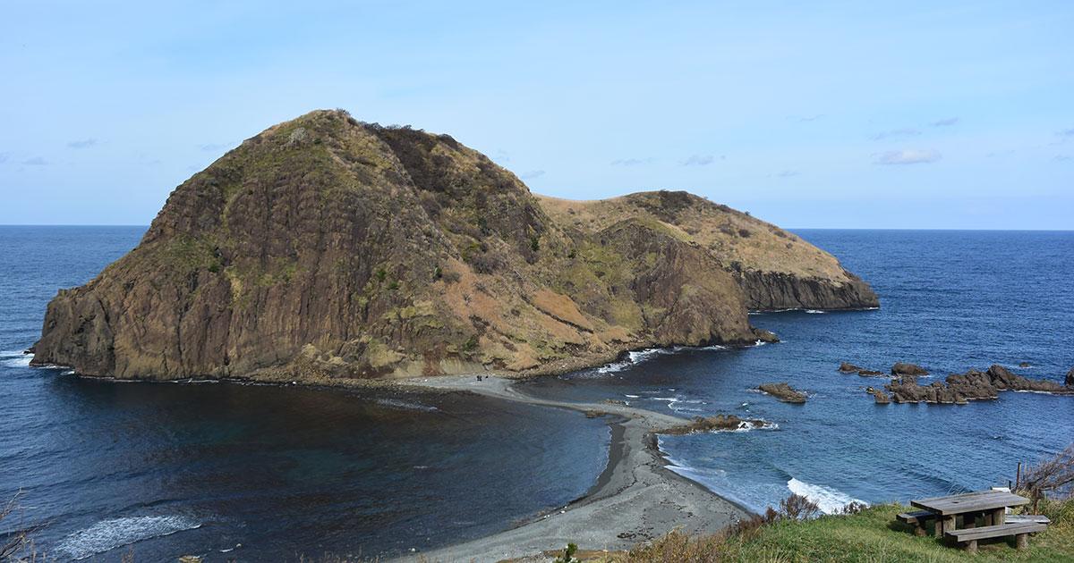 新潟県・佐渡島は金山だけじゃない! ワイルドな日本海感じる観光スポット