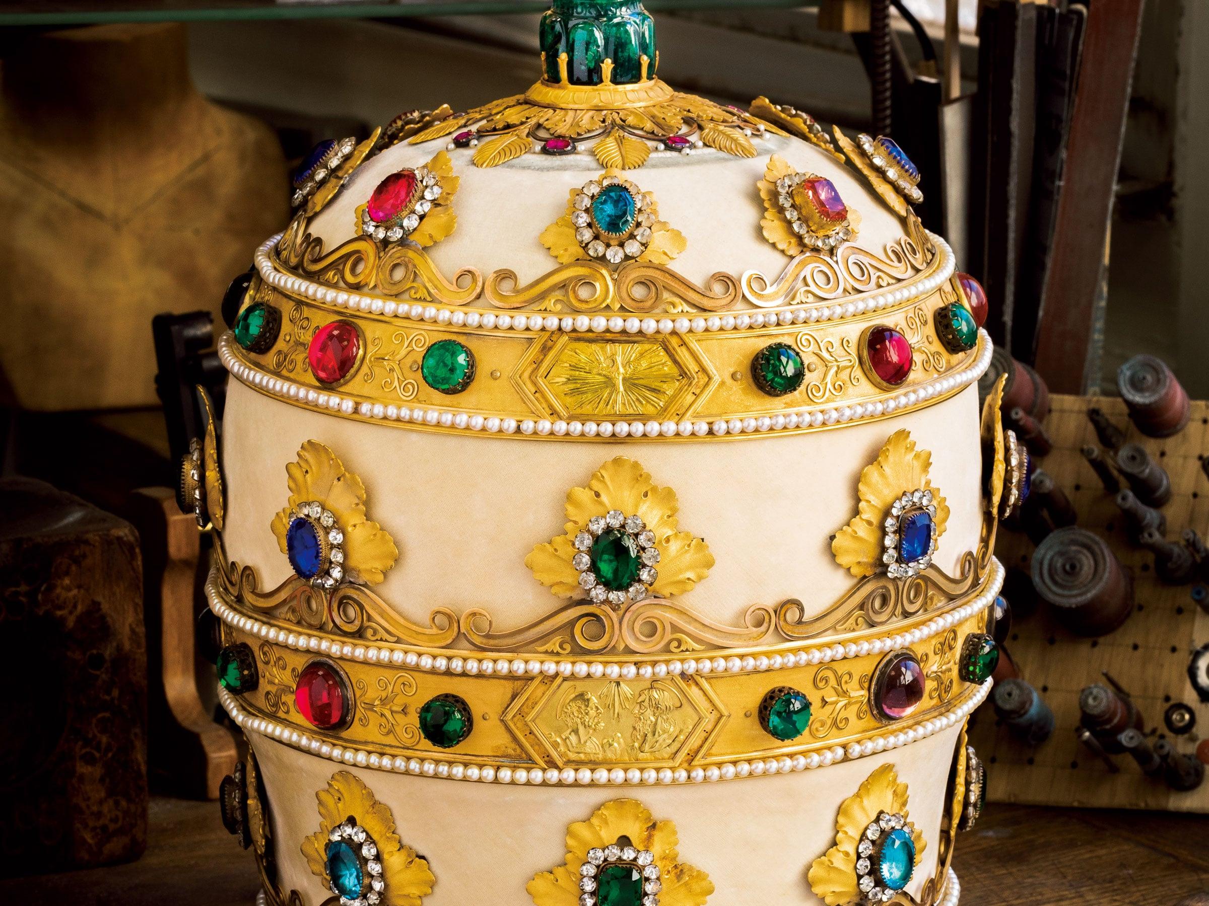 壮大でラグジュアリーな宝飾芸術 ショーメの世界観が堪能できる美術展